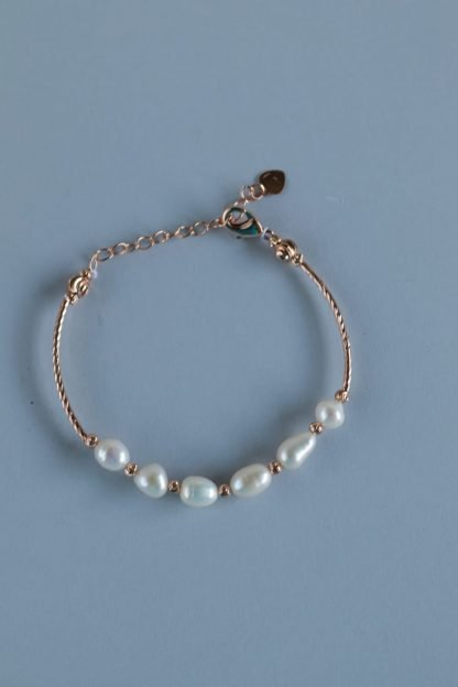 Faux Pearl Bracelet With Rose Gold Chain