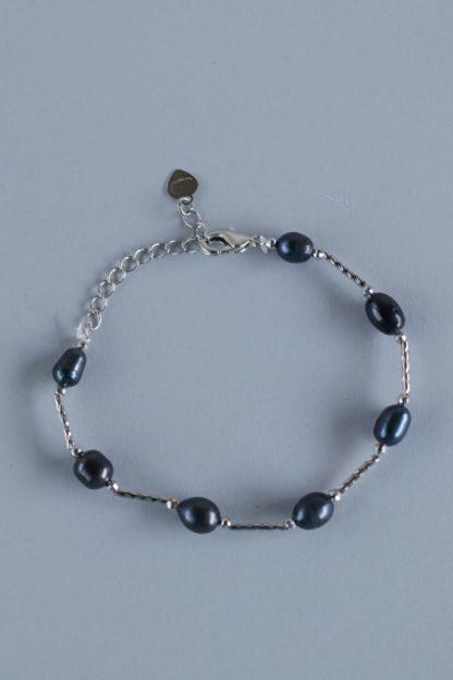 Elegant Blue Faux Pearl Bracelet